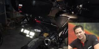 KONDISI MOTOR DUCATI STRADA 1200 CC PASCA TRAGEDI KECELAKAAN MENABRAK KAKEK TUA PETUGAS KERBERSIHAN BERUMUR 8 TAHUN