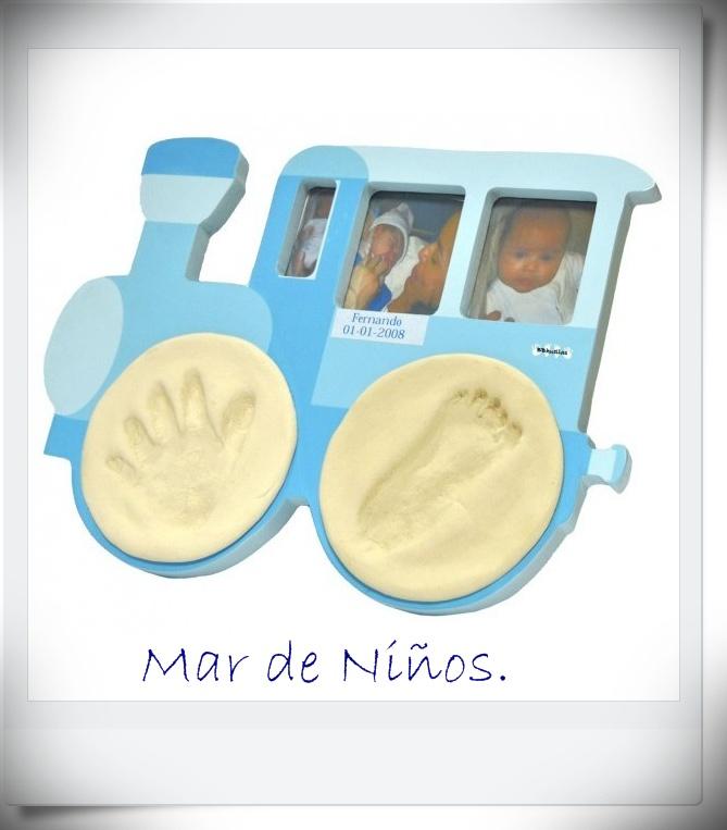 MAR DE NIÑOS: PORTAFOTOS HUELLAS DEL BEBÉ TREN.