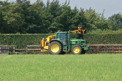 hedge cutter - hydraulic pressure test