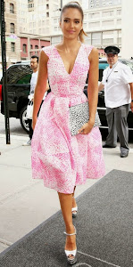 Look Of The Day: Actress Jessica Alba is pretty in pink in her Antonio Berardi summer dress!