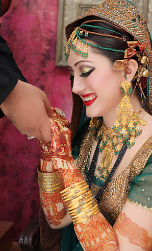 allenora makeup for wedding makeup with red lipstick