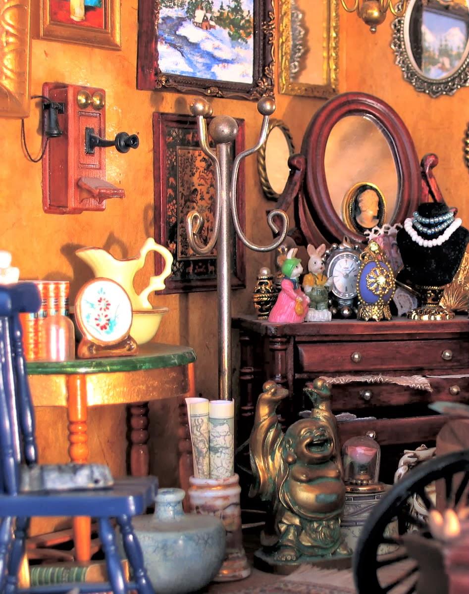 dollhouse antiques