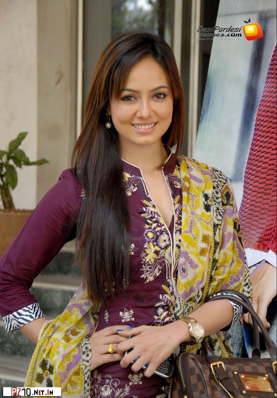 Punjabi girl hot selfshot 3 - 1 2