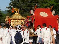 小山郷と末広社の神輿