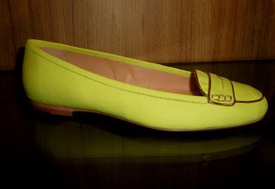 >Calçados para o próximo verão ultracoloridos!