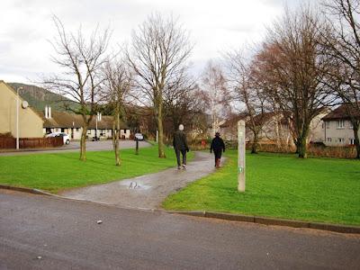 Deeside Walks: along the Deeside Way through Ballater to Cambus o'May