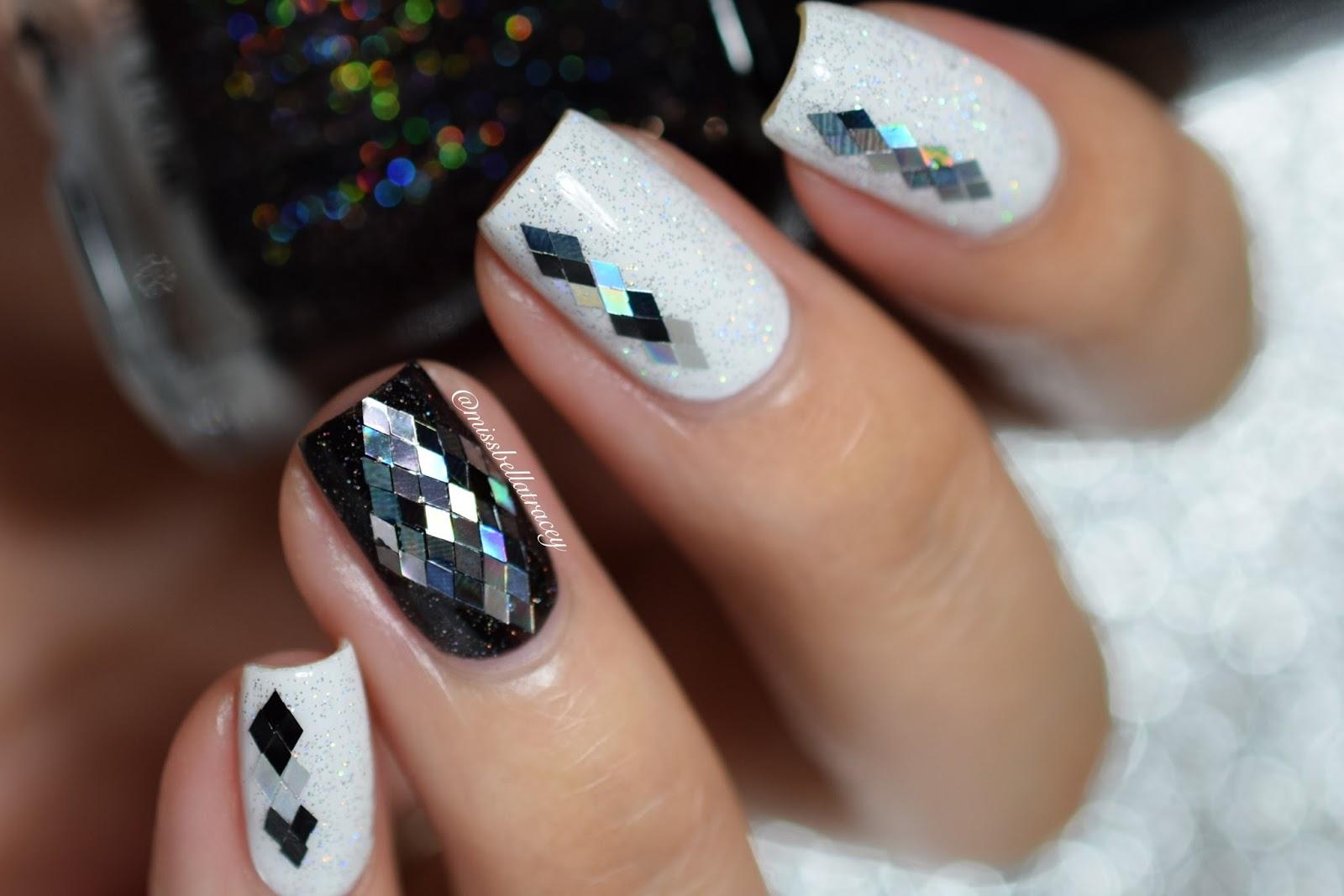 MissBellaTracey: Black & White Glitter Placement