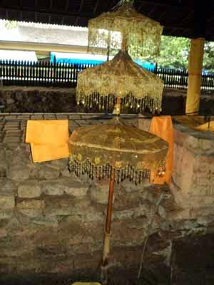 Payung Kambang Putri Raja