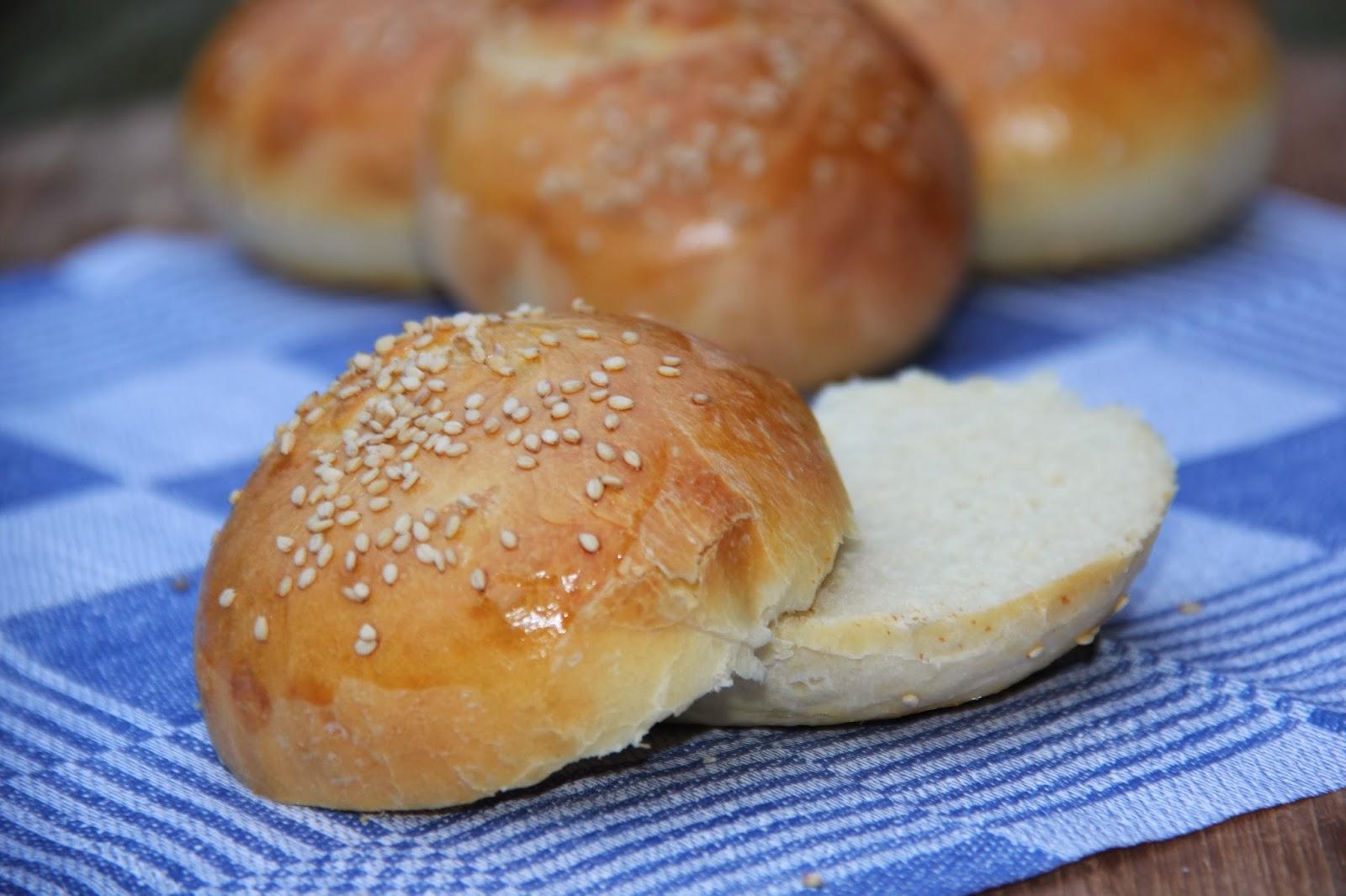 Hamburgerbroodjes - www.desmaakvancecile.com