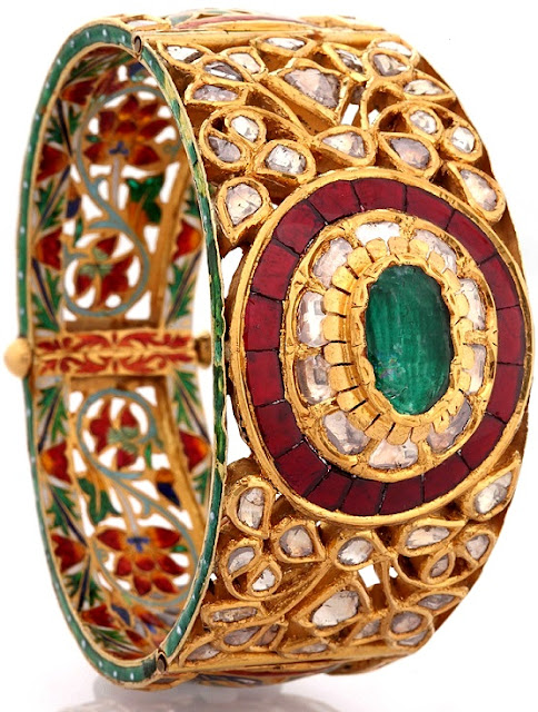Entice Taraash- Kundan Polki Cuff with Emerald, Rubies Enamelled back