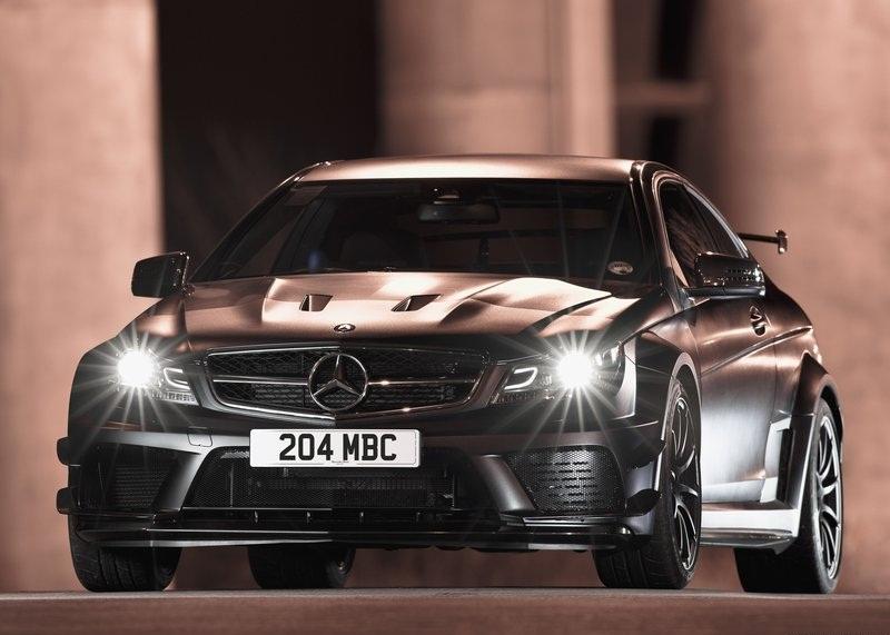 mercedes benz c63 amg coupe black series 2012