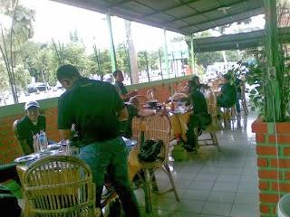 Suasana Kuliner Balikpapan di RM Torani