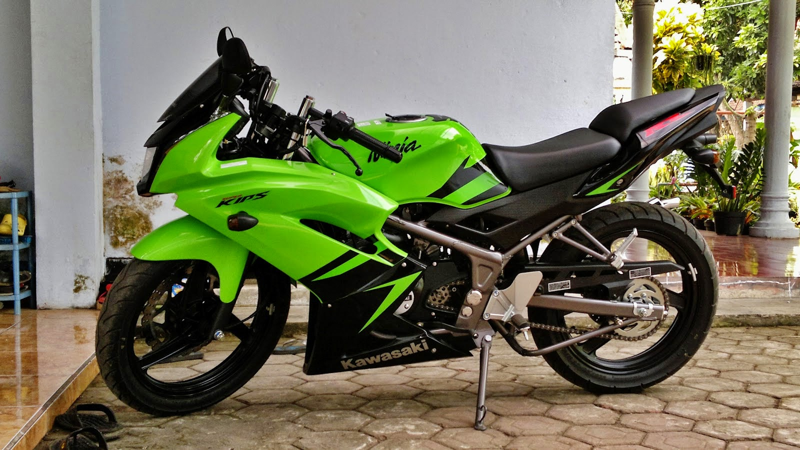 harga dan spesifikasi kawasaki ninja r november 2015 | harga motor