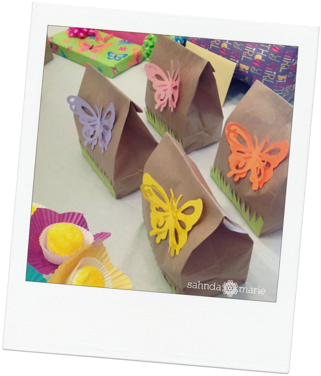 http://2.bp.blogspot.com/-HE_hBVjaHXc/T_6BlvtPPuI/AAAAAAAAAWM/w9UN1RTyHRs/s1600/gift+bags.jpg
