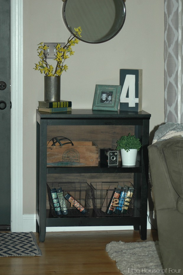 10 minute planked bookcase update
