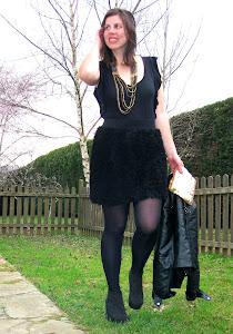 falda flores negras