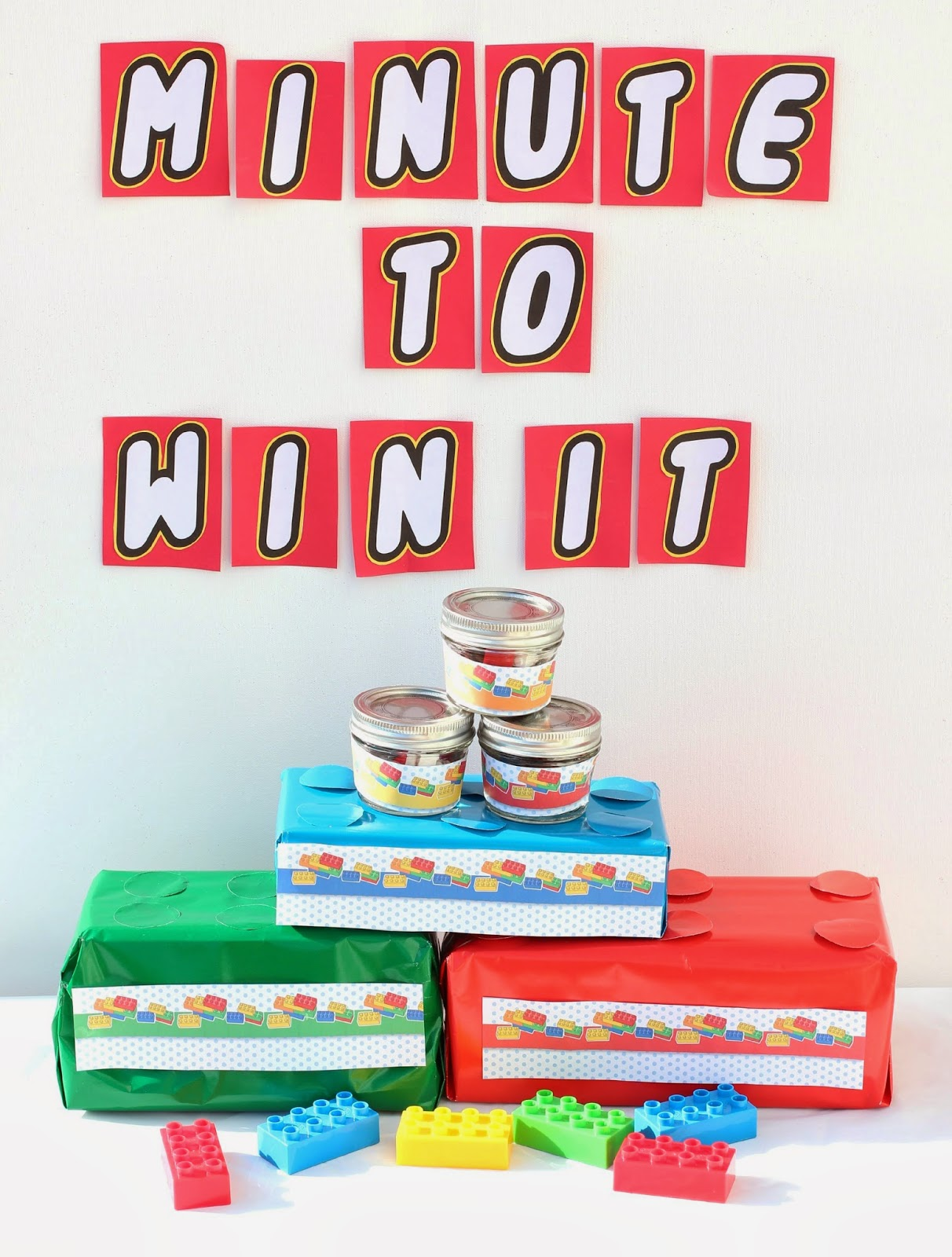 10 Lego Inspired Minute to Win It Party Games + Other DIY Lego Party Ideas from playpartypin.com #party #Legos #kids