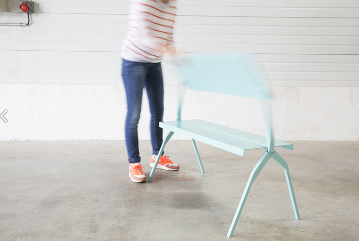 The Pupitre  La Subtile metal desk for kids