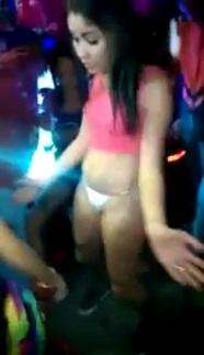Novinha Ficou Peladona no Baile Funk na Marcone