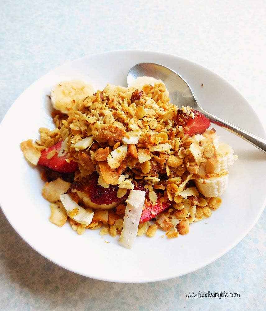 Orange and Almond Toasted Muesli © www.foodbabylife.com