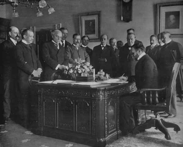On This Date In 1900, The Righteous Harmony Society Began A 55 Day Siege  Against Primarily European Powers Stationed To Protect Their Economic  Interests In ...