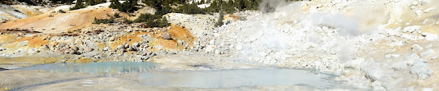 Bumpass Hell, Lassen Volcanic National Park, California, USA