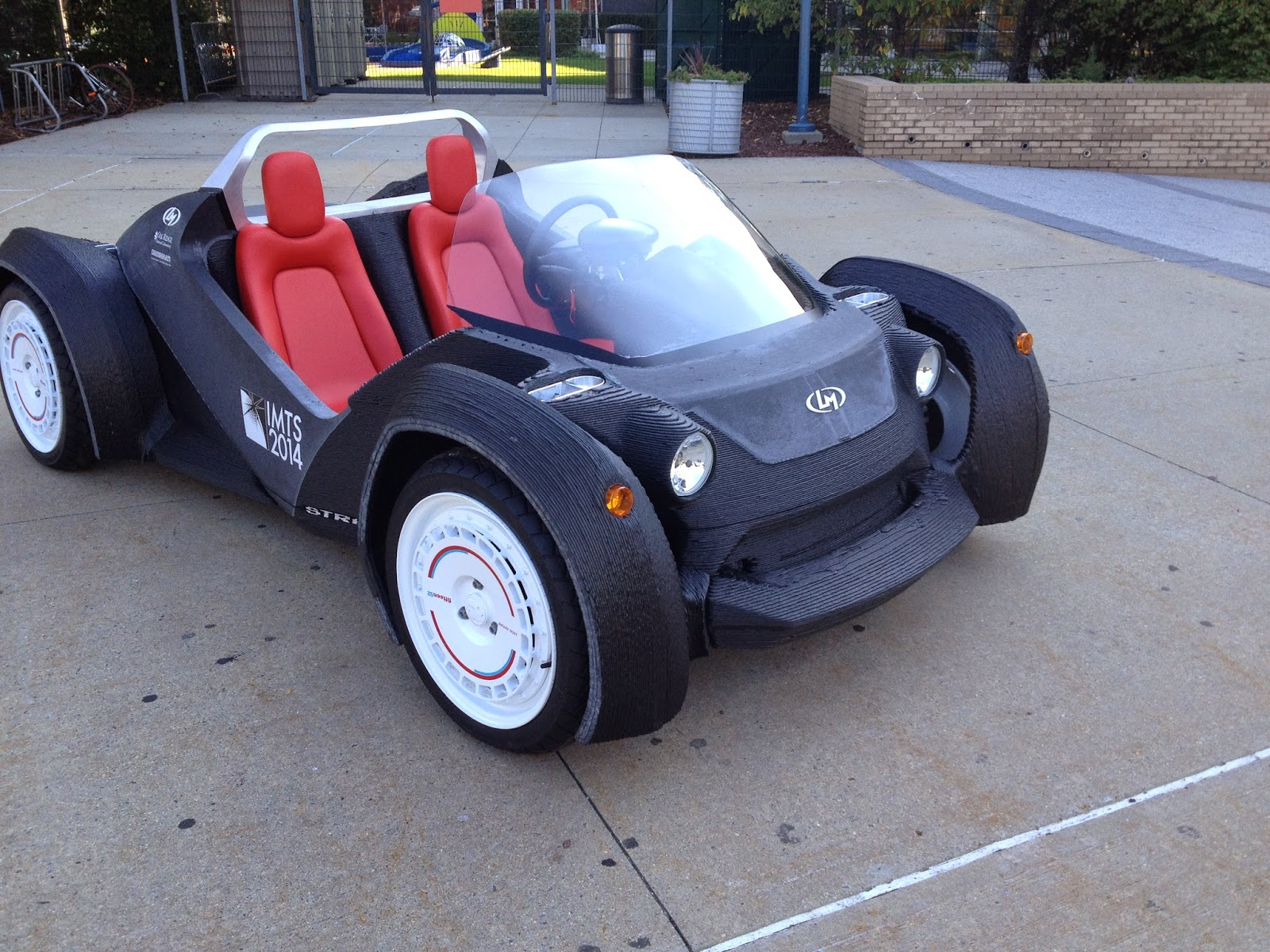 I Bioloid 3d Printed Car By Local Motors