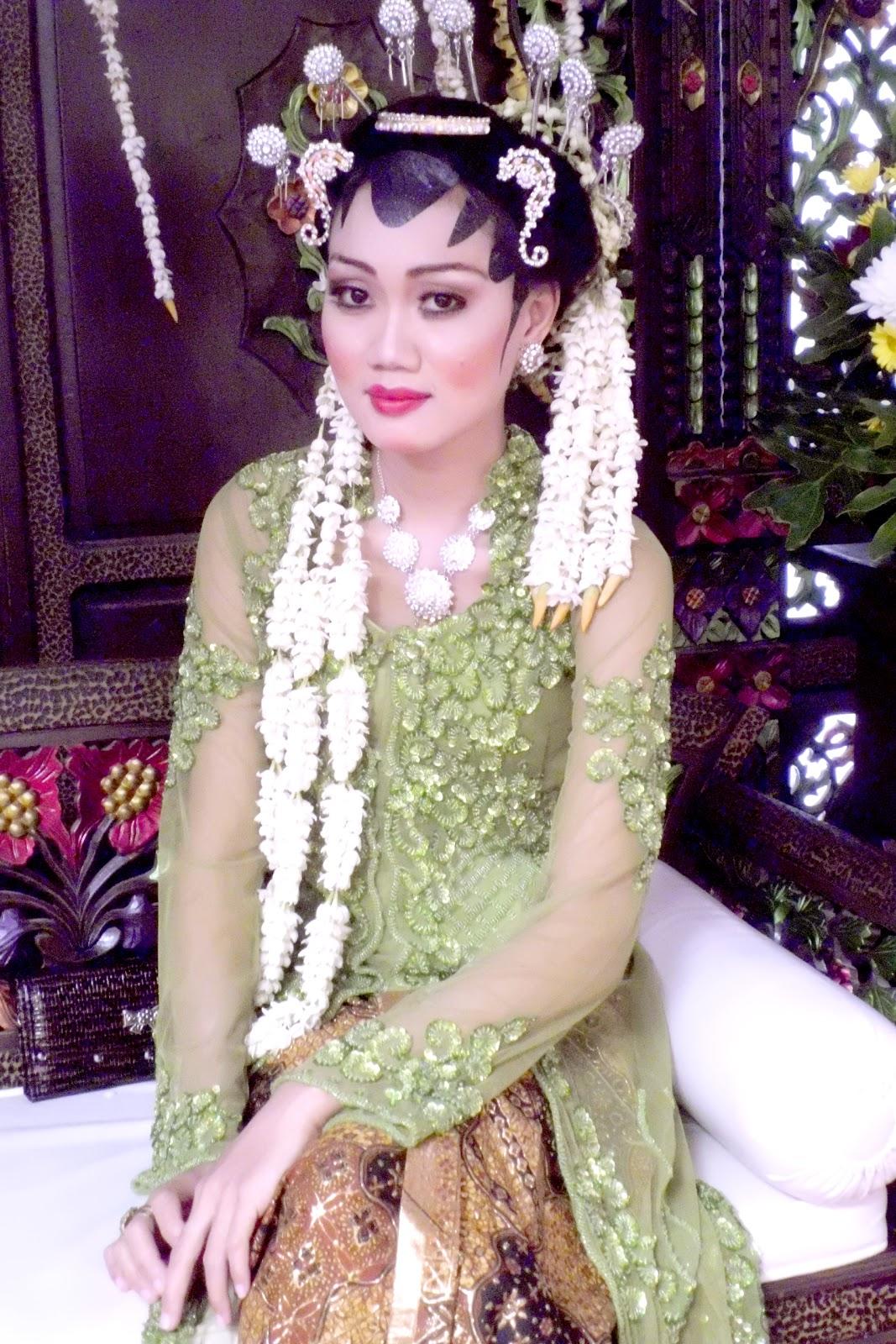 Heejab Ala Me Anggun Muslimah redo heejab pengantin pesta