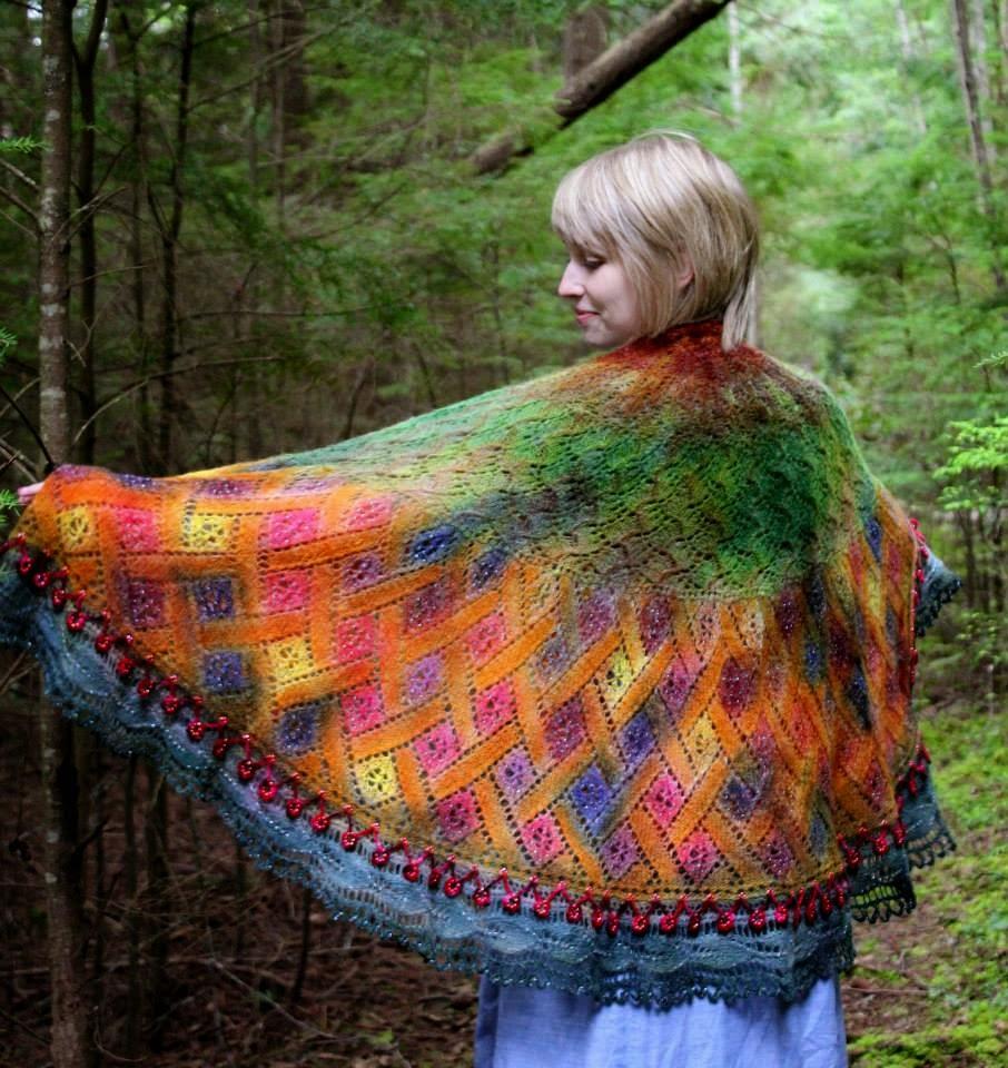 koronkowa chusta na drutach