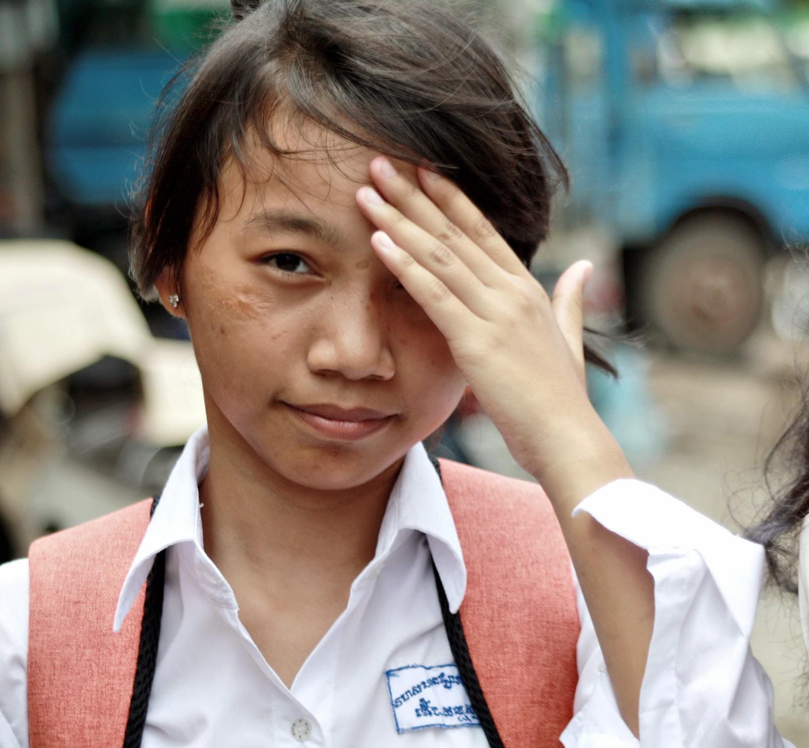 Cambodge, production vidéo, presse, filmmaker, documentaires, documentaries, Christophe Gargiulo, Kampuchéa, Cambodge Mag, magazine, Tonle Sap, articles, nouvelles, video production, Cambodia, KiamProd, KiamProd photography, KiamProd movies, revues de presse, vietnam, thaïlande, birmanie, Myanmar, Lao, Laos, Burma, Chine, China. photographies, visages khmers, khmer faces, market, marché, Phnom Penh,