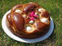 Héjas tojással sült húsvéti kalács