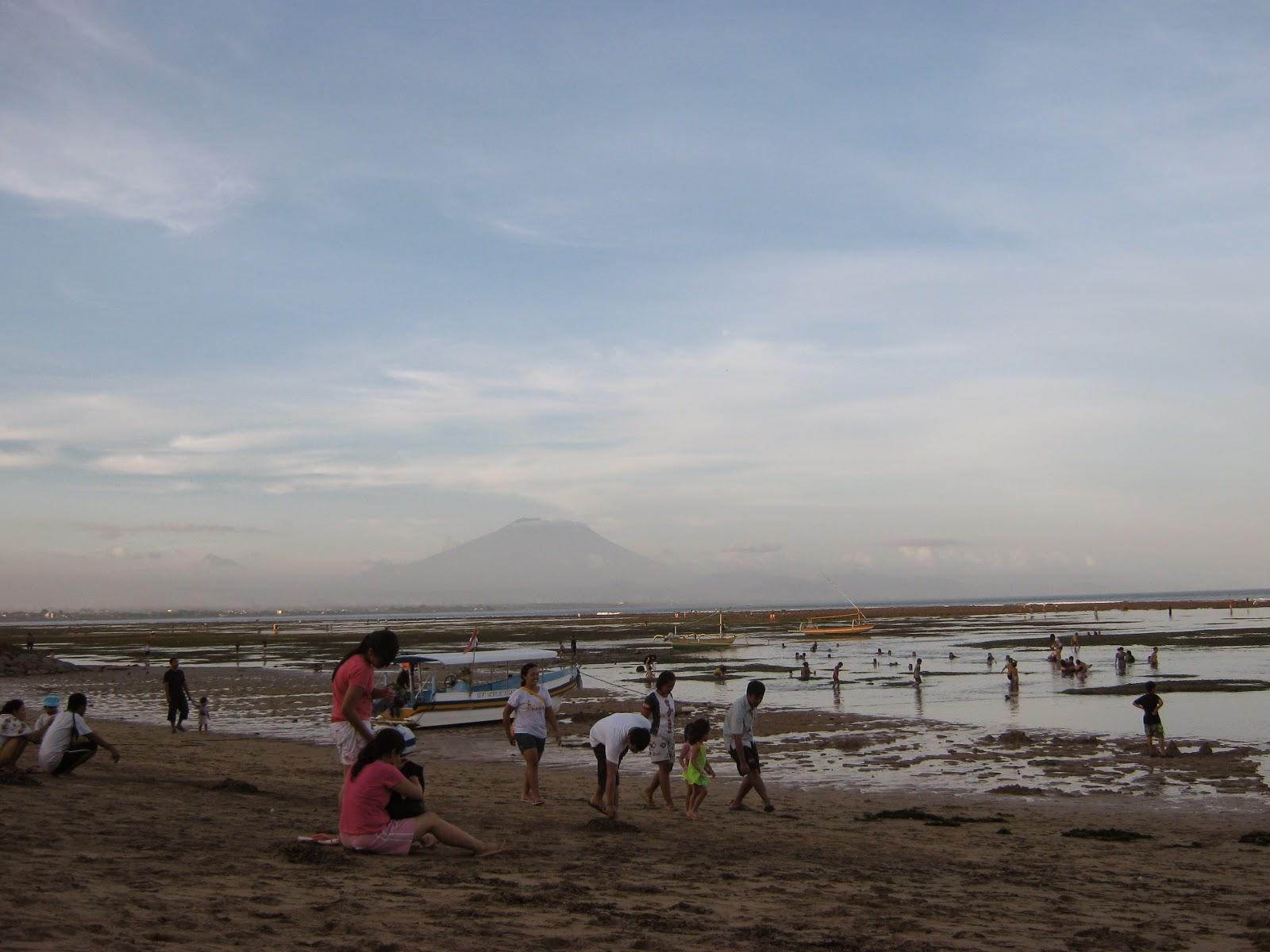 Bali Attractions Family Vacation at Sindu Beach