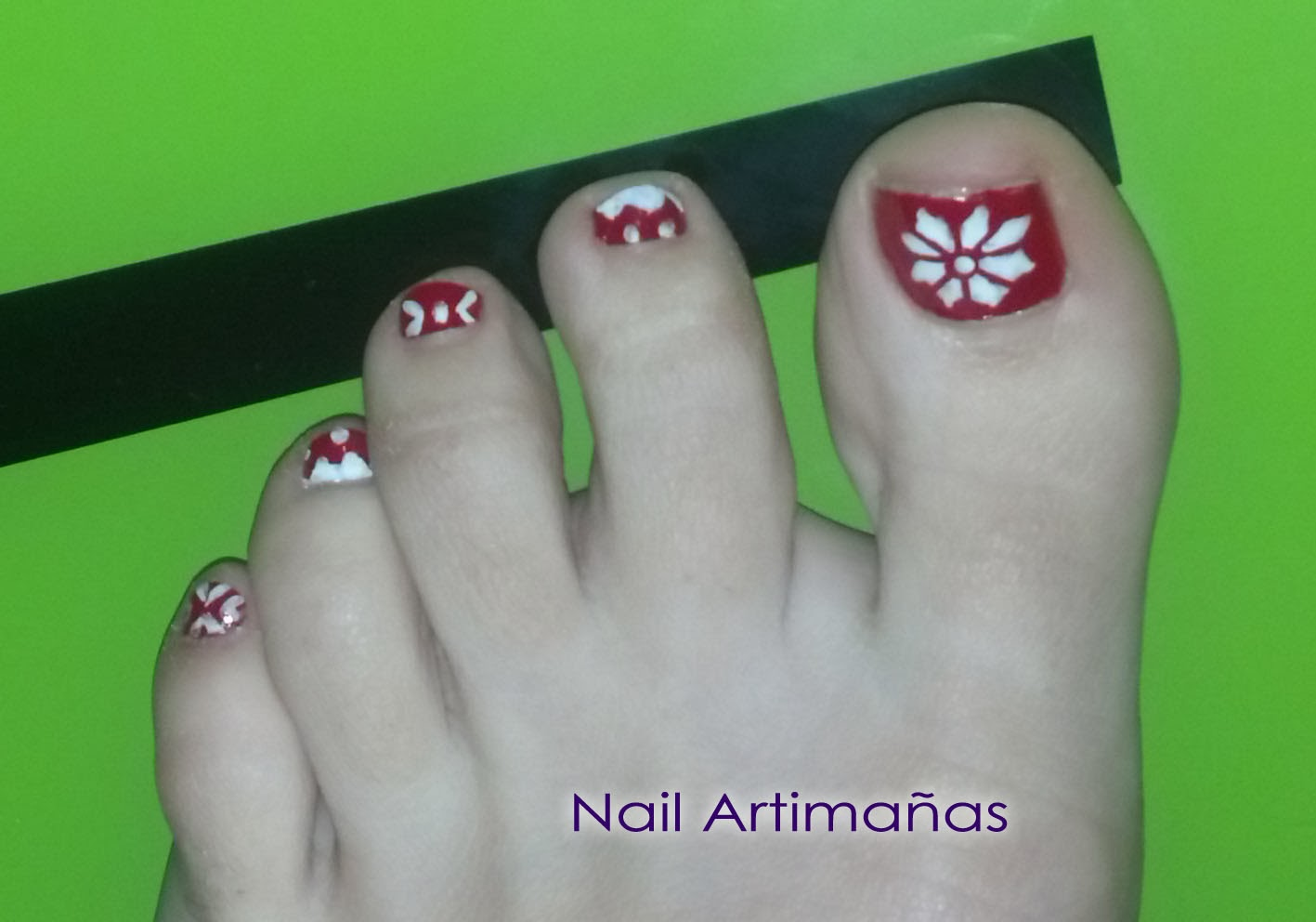 nail artimañas: Pies de invierno / Winter Sweater Toes