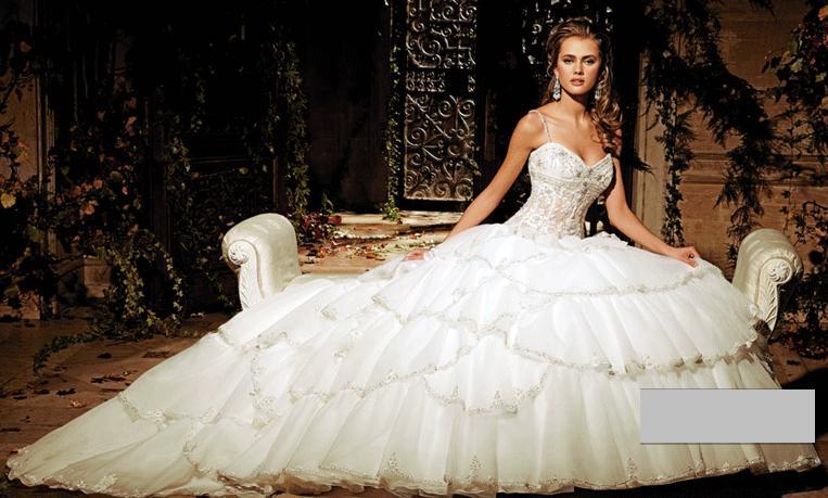 novias y moda: - eve of milady & amalia carrara - vestidos novia 2012 -