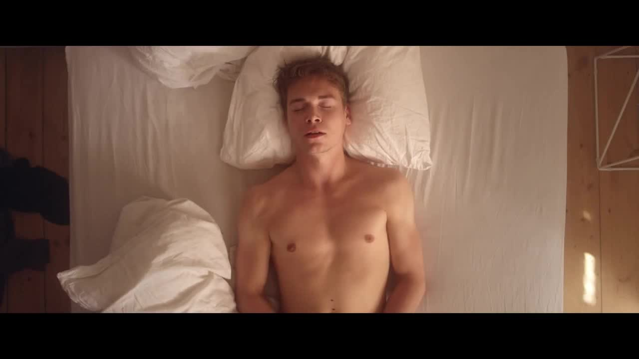 Gay bathhouse fucking porn