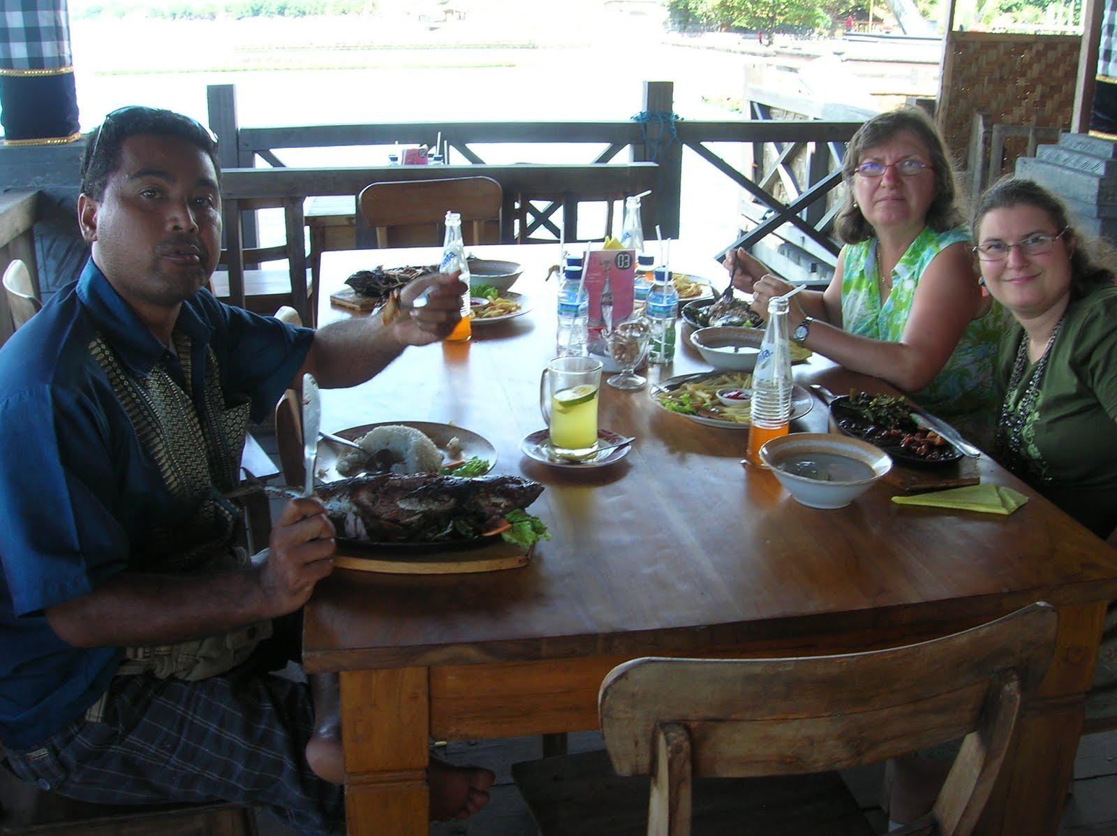 Puerto de Singaraja, Isla de Bali,Indonesia, vuelta al mundo, round the world, La vuelta al mundo de Asun y Ricardo
