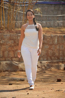 Actress Ester Noronha Picture Gallery in White Tight Jeans  0033.jpg