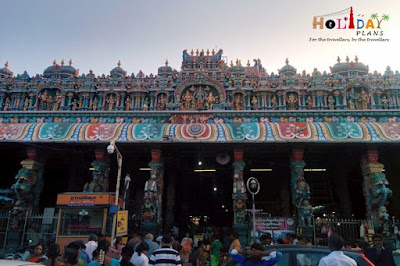 Pillars @Tiruparamkundaram Entrance