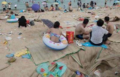 Pantai Penuh Sampah Jadi Obyek Wisata
