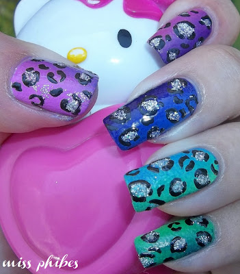 Gradient animal print Nail art