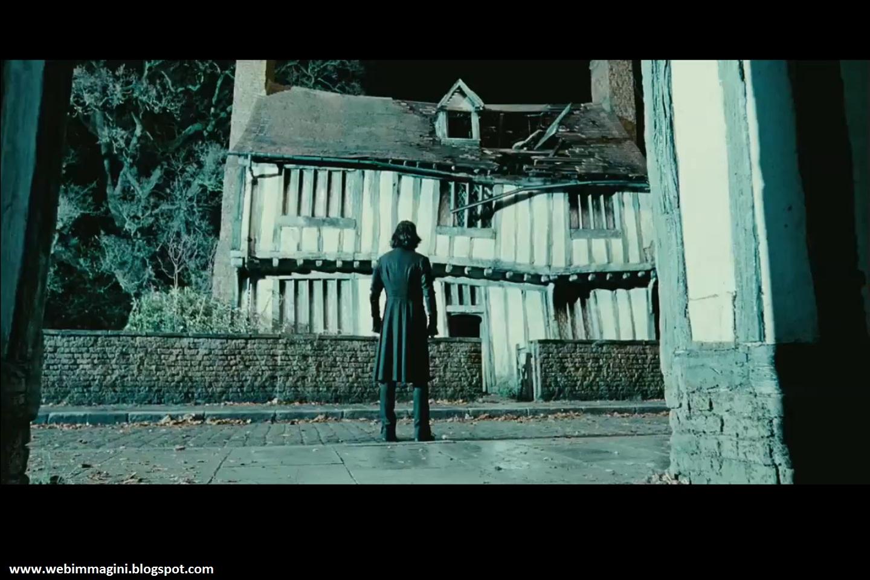 http://2.bp.blogspot.com/-HIcueKDMdGw/Tbl2idAbMhI/AAAAAAAAAxo/65opXbjfdZg/s1600/harry+potter+e+i+doni+della+morte+parte+2++webimmagini+11.jpg