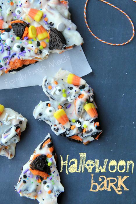 http://www.familyfreshmeals.com/2013/10/halloween-bark-fun-halloween-food.html#_a5y_p=2324205