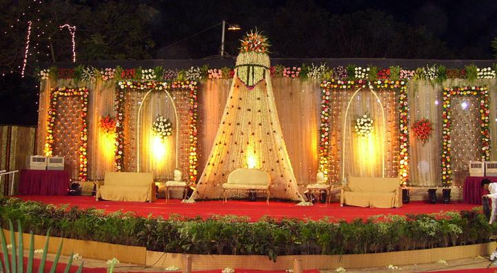 Maharashtrian Wedding Stage Decoration : A wedding planner indian stage decorations and