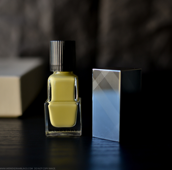 Burberry Nail Polish No 415 Pale Yellow Swatches NOTD Review Photos Spring Summer 2014