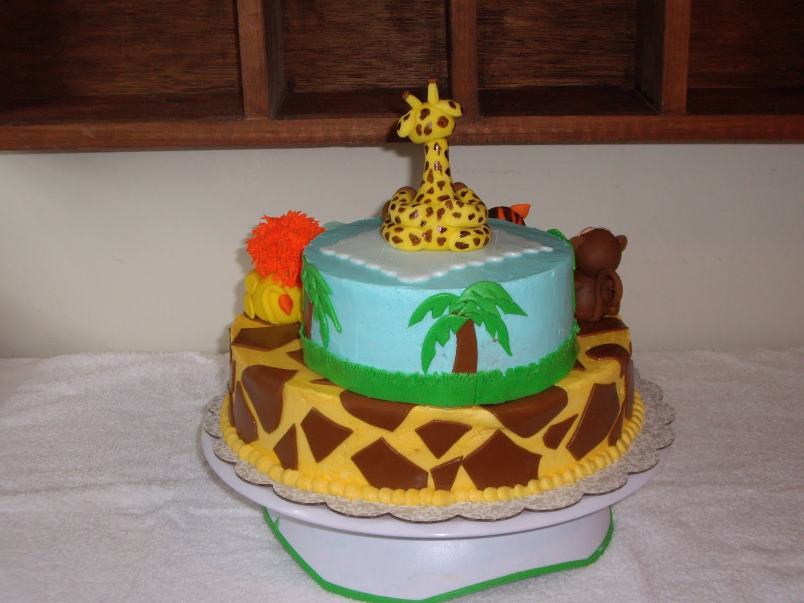 This cake was made for a baby shower that had a jungle animal theme ...