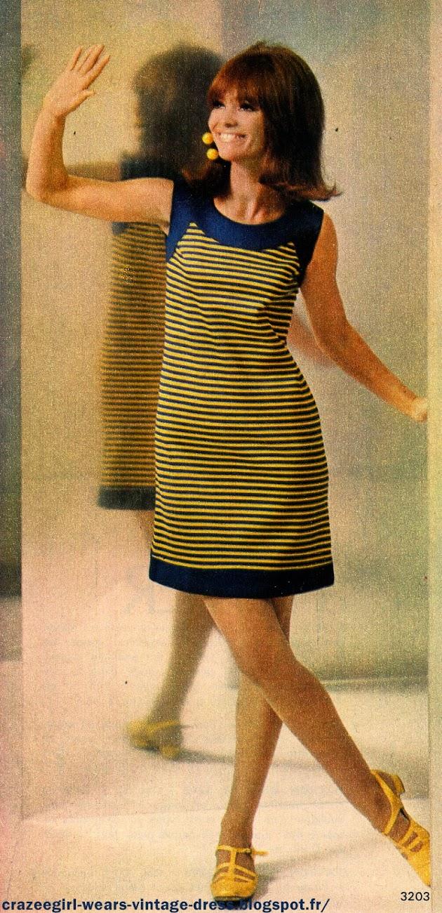 vintage 60s 1960 années 60 1967 mod twiggy gogo dress robe rayée rayure stripes striped jaune bleu marine blanc lilas navy blue yellow white lilac sleeveless shor sleeves geometric colorblock color block Robe-étui en coton rayé marine et jaune : bande d'encolure,    bords   d'emmanchure    et   de   jupe   en   marine,   petit décolleté  arrondi. Robe-étui en coton rayé jaune et parme ; manches courtes, empiècement d'épaule et bord de jupe en uni. encolure ras de cou .Deux-pièces  à   réaliser en jersey : jupe évasée à   rayures   marine,   jaune   et   blanc,   ceinture   coulissée   et   nouée. Corsage  ras  de  cou  de  ton  uni,   petites manches montées.Robe en jersey à corsage jaune et jupe marine évasée : elle est animée d'incrustations rayées formant des motifs géométriques. Manches écourtées avec rappel des rayures.