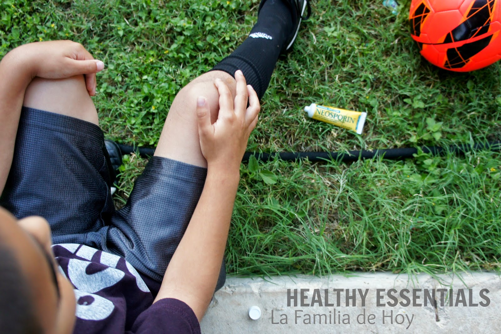 Johnson & Johnson Healthy Essentials Neosporin for #LaFamiliaDeHoy #ad