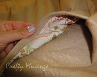 Simplicity 3754, view E, pocket facing close-up