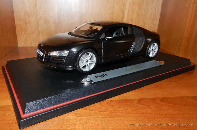 Diecast 1:18 Audi R8