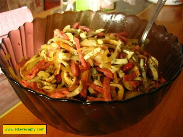 Салат с ананасами «Незабываемые ощущения»